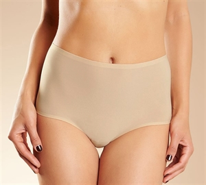 Chantelle Soft Stretch High-Waist Trusse Nude