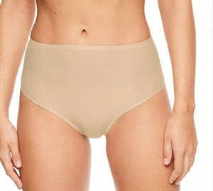 Chantelle Soft Stretch High Waist String Nude