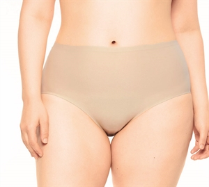 Chantelle Soft Stretch XL-4XLHigh Waist Queensize Nude